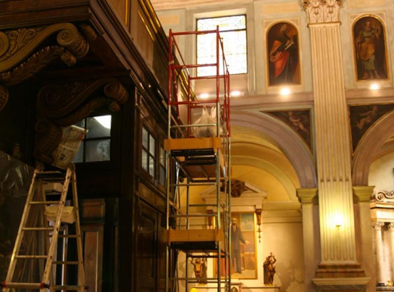 restauro bussola chiesa